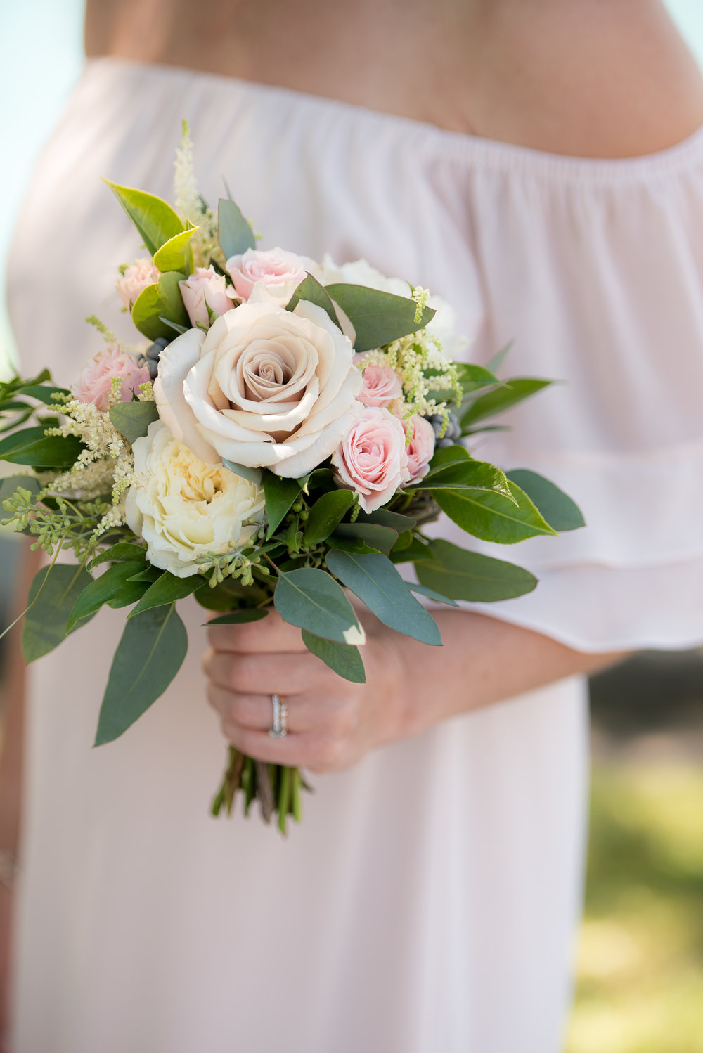 Flowers by Fleur Inc, Planning by LK Events, Photo by Rebecca Marie Photography