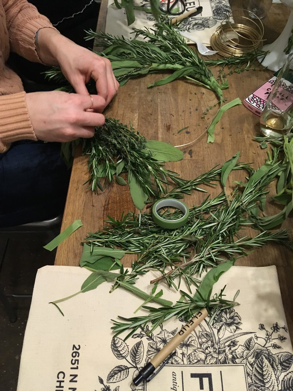 Herb-Wreath-Making-Class-Fleur-Inc-Logan-Square