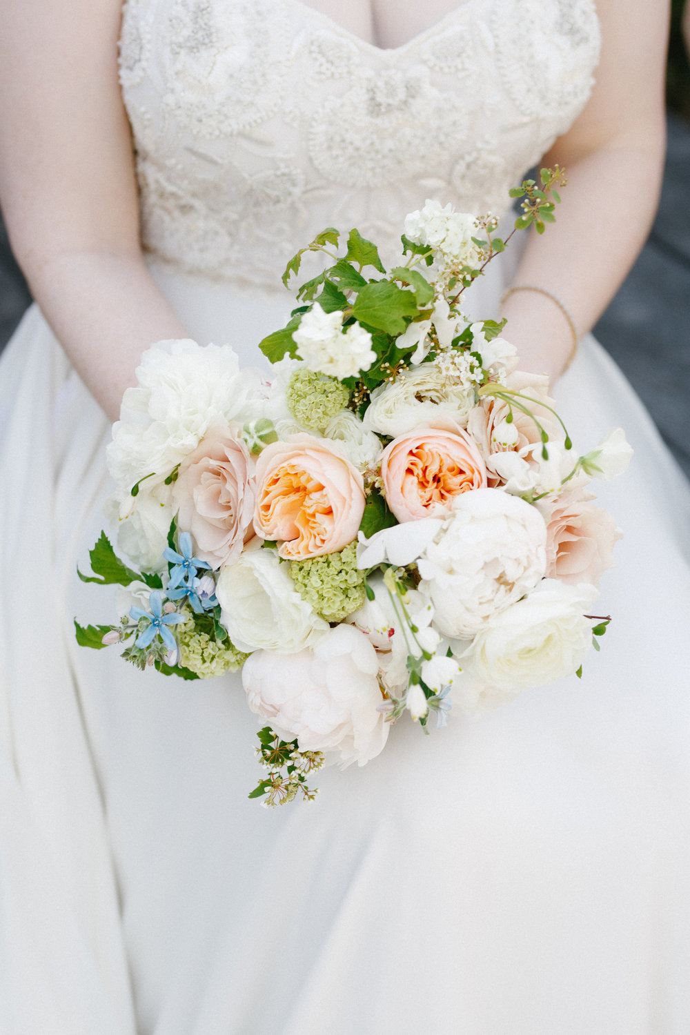 Fleur-Inc-Kina-Wicks-Photography-Spring-Wedding-Bouquet-Juliette-Garden-Rose-Chicago-Athletic-Association