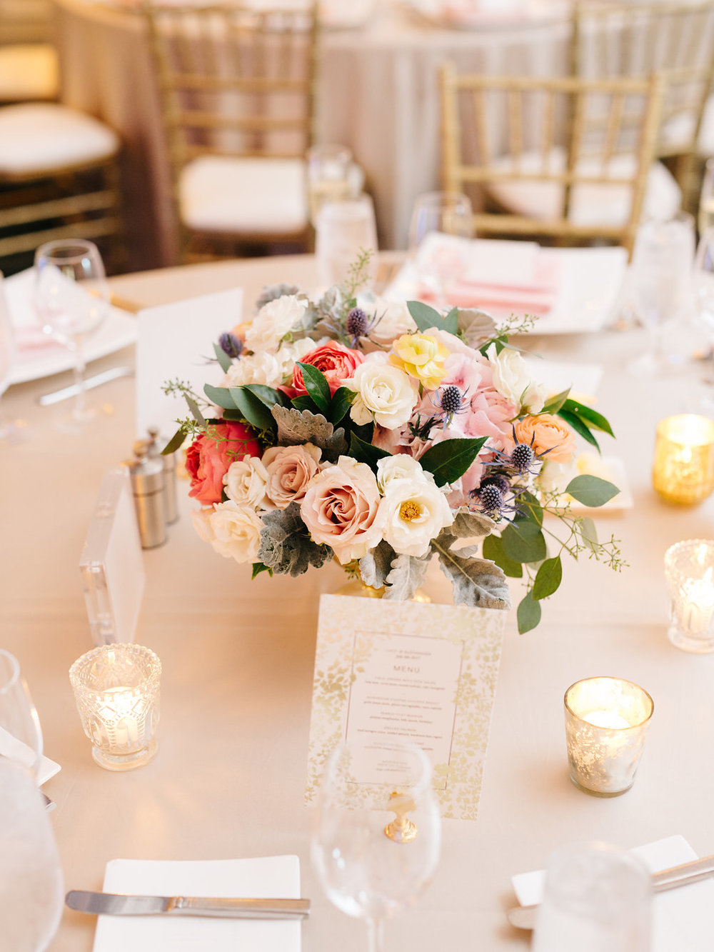 Fleur-Inc-Wedding-Logan-Square-Florist-Kyle-John-Photography-Guest-table-centerpiece