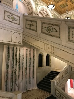 Hanging-garland-chicago-cultural-center-fleur-inc