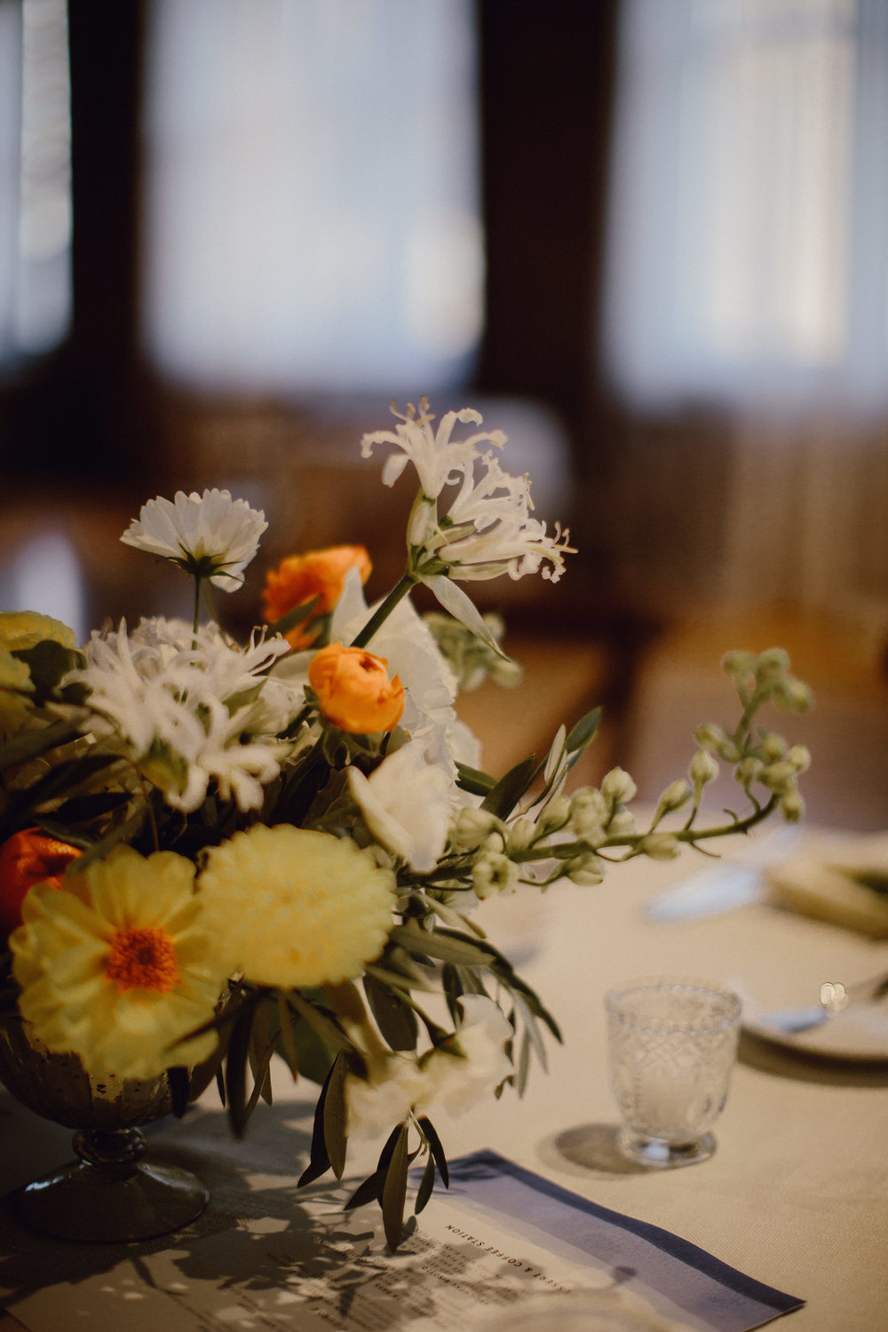 Fleur-Inc-Bridgeport-Art-Center-Sculpture-Garden-Wedding-Estera-Events-Megan-Saul-Photography-September-Flowers-yellow-orange-centerpiece