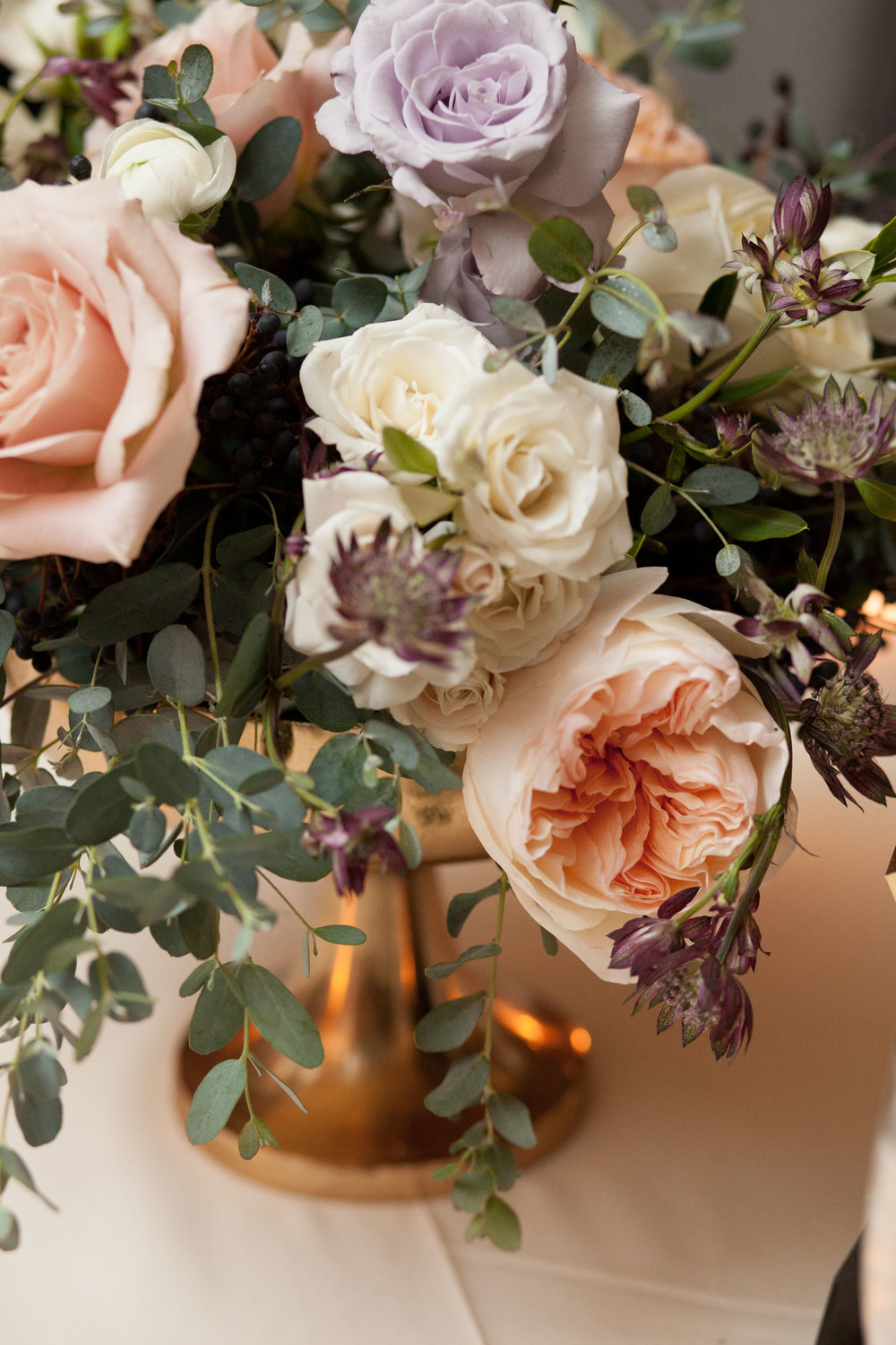 Fleur-Inc-Natalie-Probst-Photography-Lola-Event-Productions-Hotel-Allegro-Centerpiece-Juliette-Garden-Rose