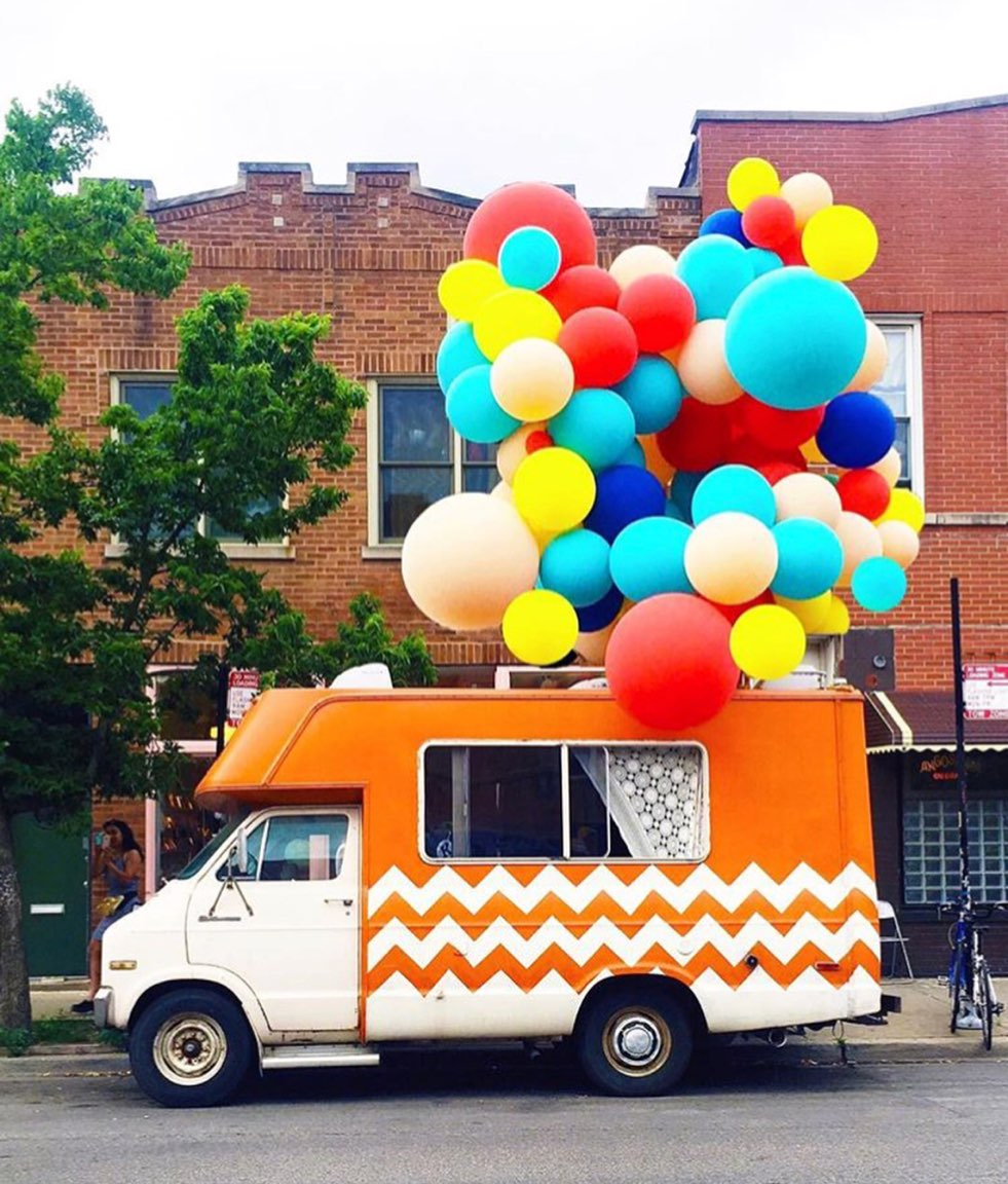 Lost-Girls-Pop-Up-Fleur-Inc-Logan-Sqare-Luft-Balloon