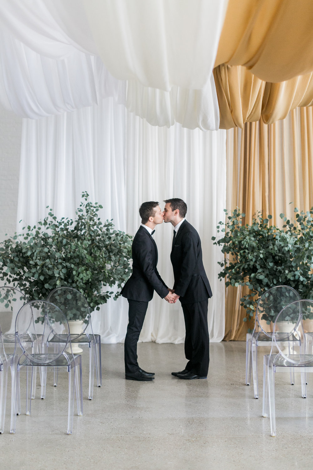 Same Sex Wedding, Floral by Fleur, Photo by Alexis June Photography