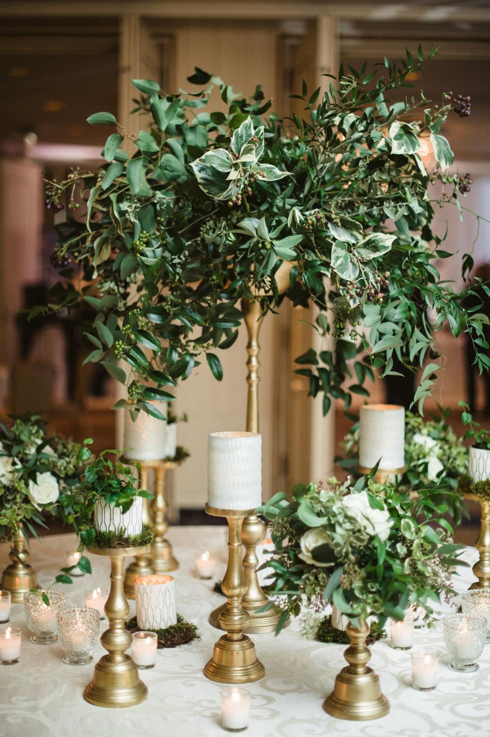 Flowers by Fleur Inc, Photo by Amanda Megan Miller Photography at the Ritz Carlton