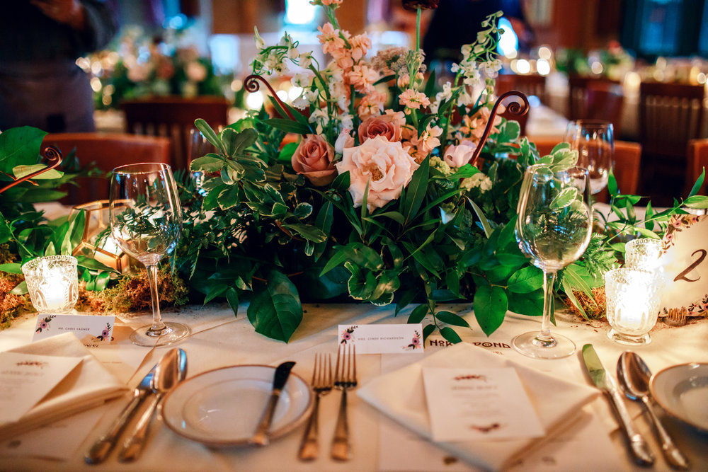 Wedding Floral by Fleur Inc at North Pond, Photo by Tuan B & Co, Planning by Bride + Joy Events