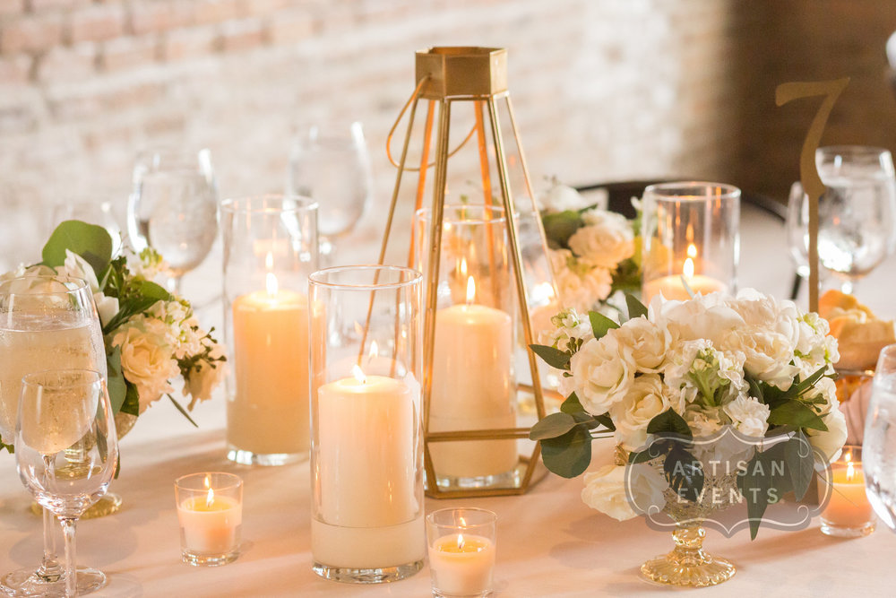Flowers by Fleur Inc, Planning by Five Grain Events, Photo by Artisan Events, Location Artifact Events