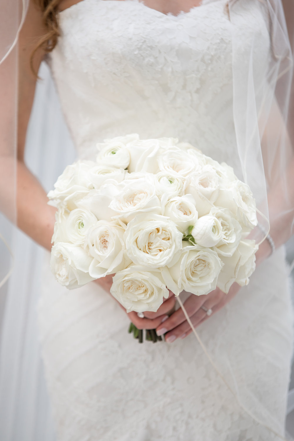 Wedding Flowers by Fleur Inc, Photo by Ann & Kam Photography, Planning by LK Events.  A classic rose bouquet.