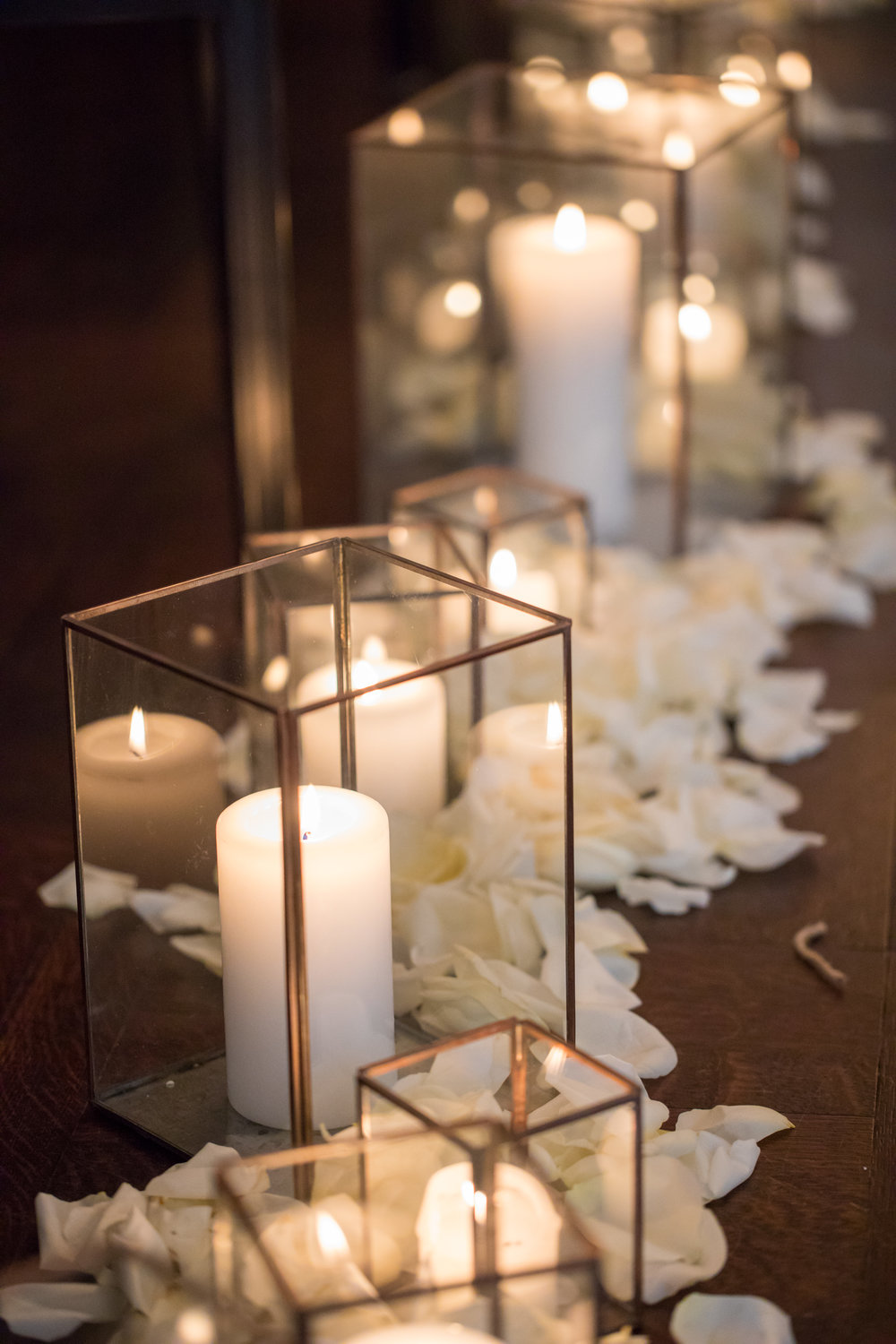 Wedding Flowers by Fleur Inc, Photo by Ann & Kam Photography, Planning by LK Events.  Candle aisle at the Chicago Athletic Association, in the Madison Ballroom.
