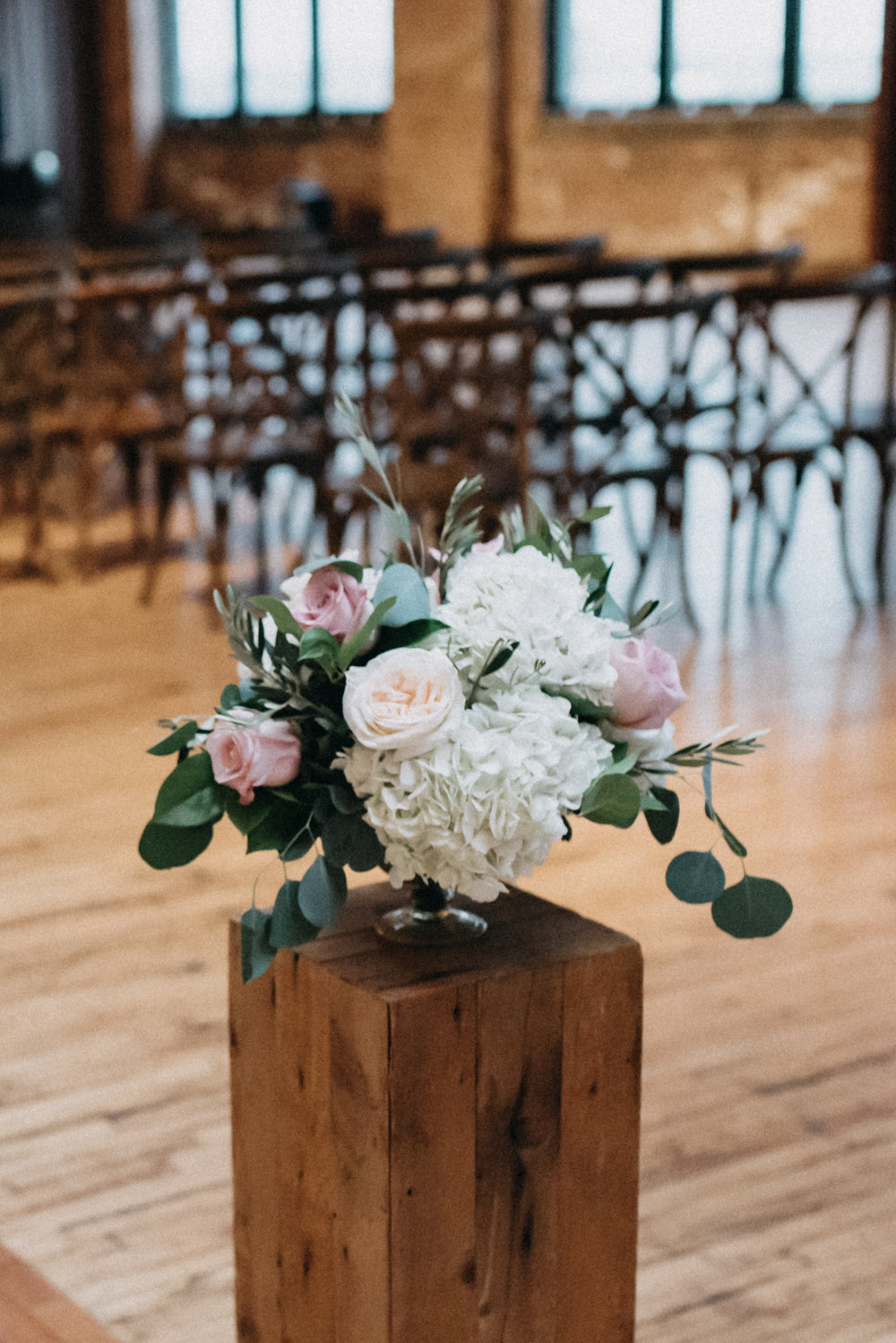 Flowers by Fleur, Photo by Loren Weddings, Planning by Estera Events, Ceremony and Reception at Bridgeport Art Center