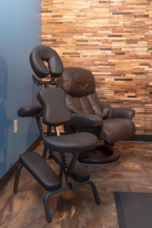 massage-room_chairs.jpg