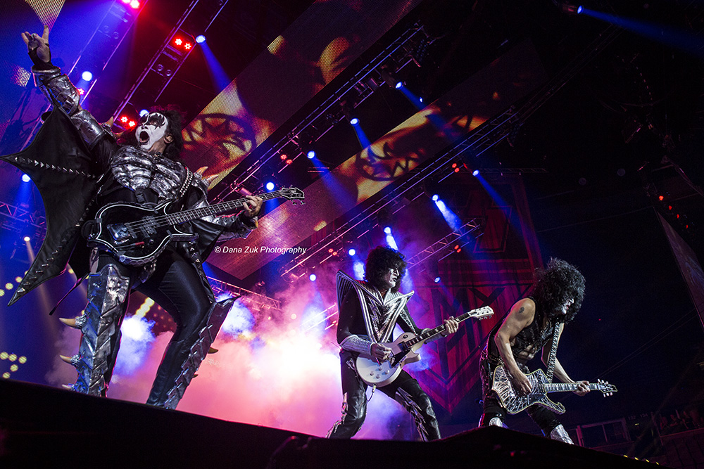 Gene Simmons, Tommy Thayer, Paul Stanley - KISS