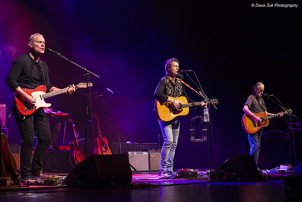 Colin Cripps, Jim Cuddy & Greg Keelor - BLUE RODEO