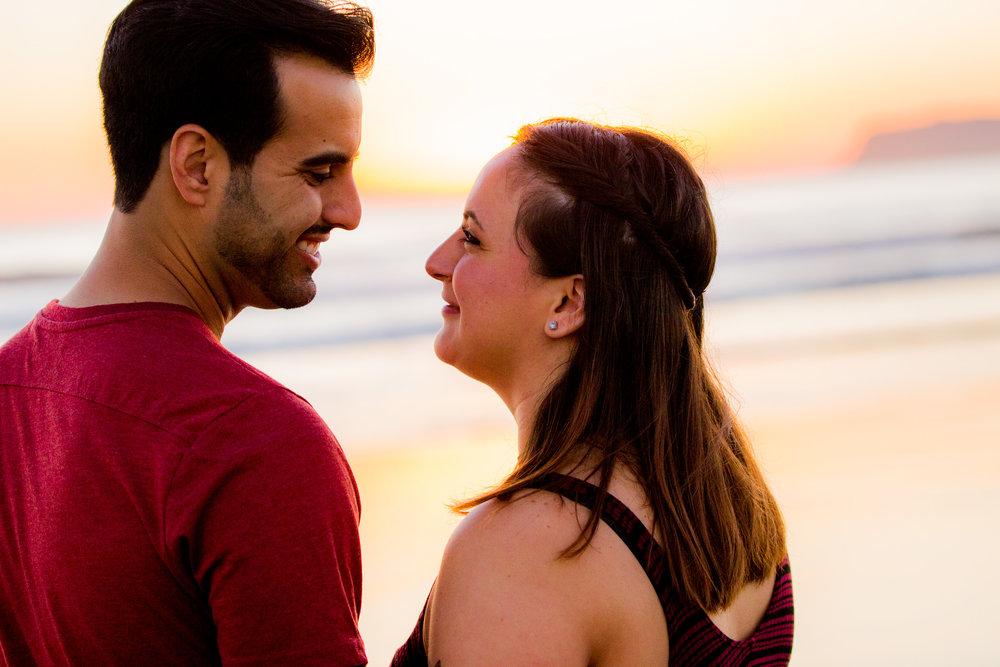 sunset-coronado-beach-point-loma-san-diego-wedding-family-photographer-engagement-session