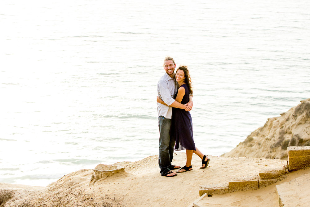 la-jolla-glider-point-torrey-pines-anniversary-session-true-loves-kiss-san-diego-photographer-sophia-elizabeth (88 of 181).jpg