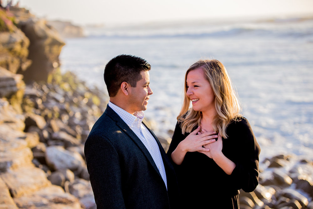 La-jolla-cove-proposal-chicago-natives-san-diego-sunset-golden-hour-love-story-engaged-alligator-head (98 of 158).jpg