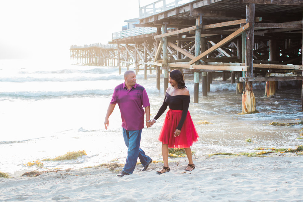 affordable-san-diego-wedding-photography-packages-beach-engagement-session