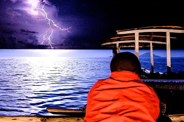 A still image taken from video footage of night fishing on Lake Kivu. www.vayando.com #rwanda #kibuye #karongi #travel #fishing