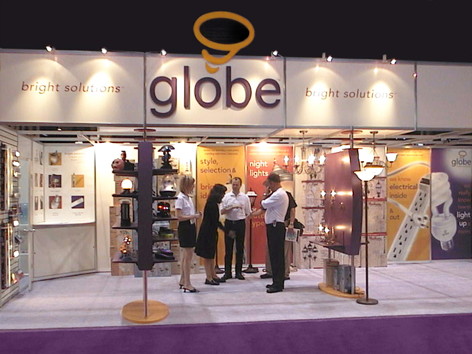 Globe-Sign1.jpg