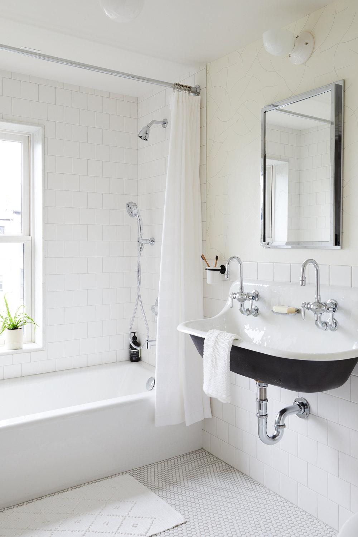Slope_Townhouse_Bathroom_3rd_Floor_007.jpg