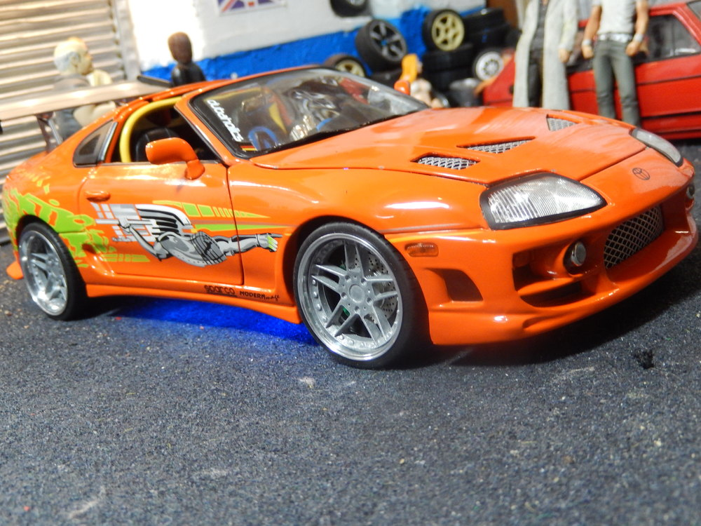 Fast And The Furious 1995 Toyota Supra Street Glow 118 Scale Model
