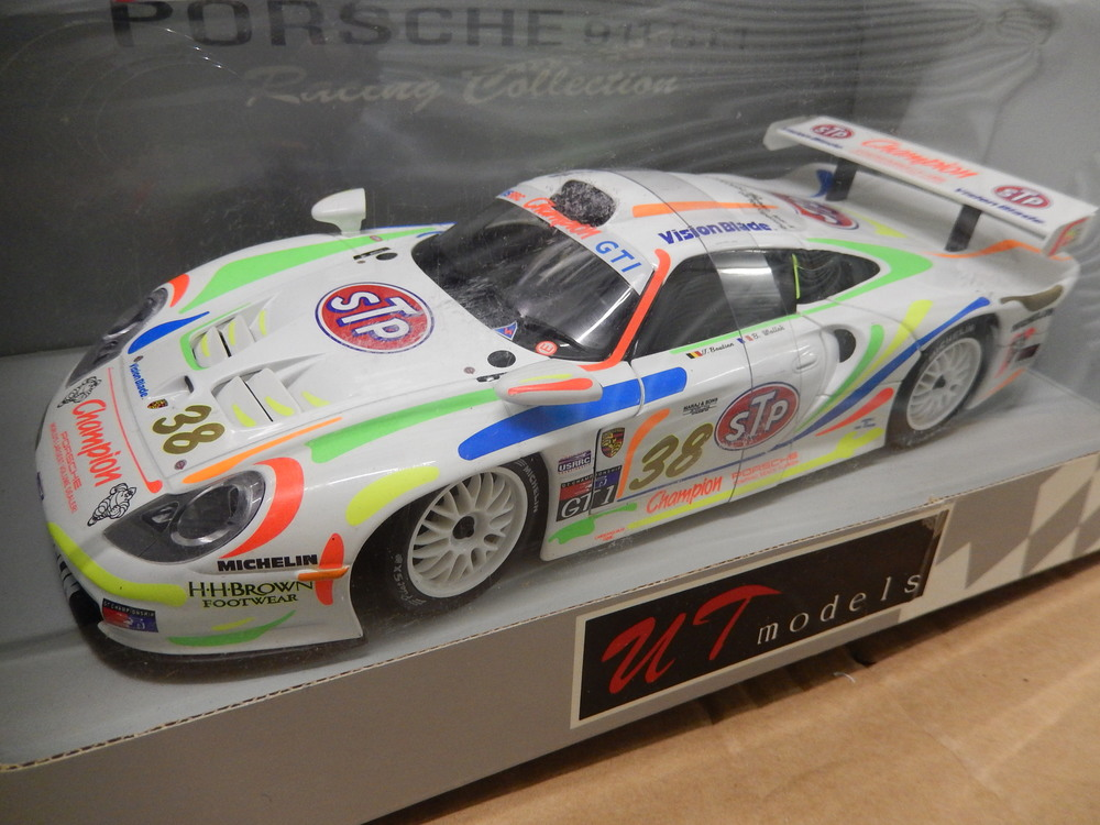 porsche 911 gt1 racing ut boxed 1 18 scale variuos model cs diecast tuning. Black Bedroom Furniture Sets. Home Design Ideas