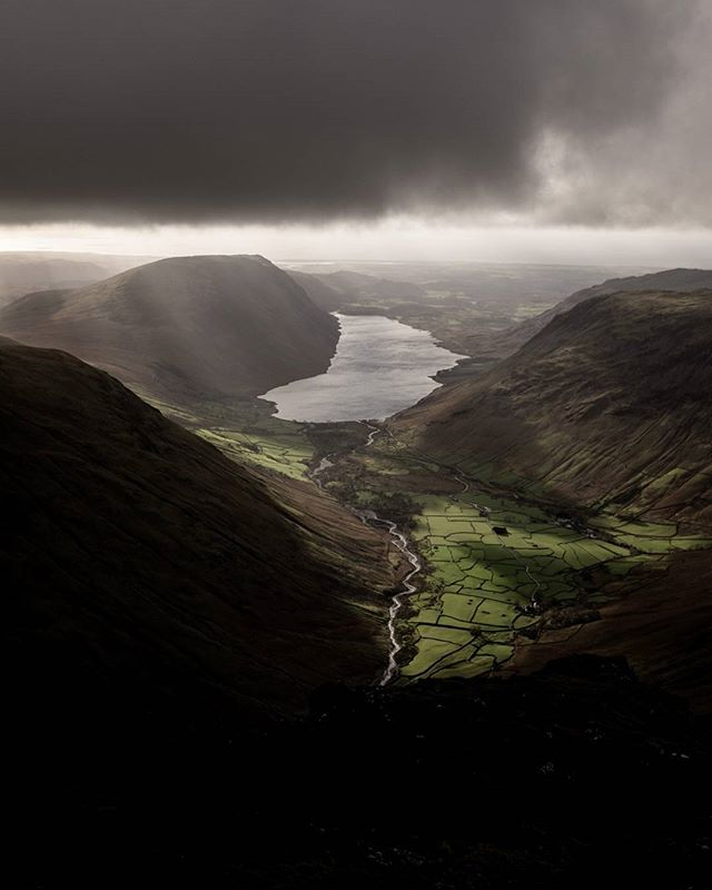 Wasdale from Great Gable.  #lakedistrict #light