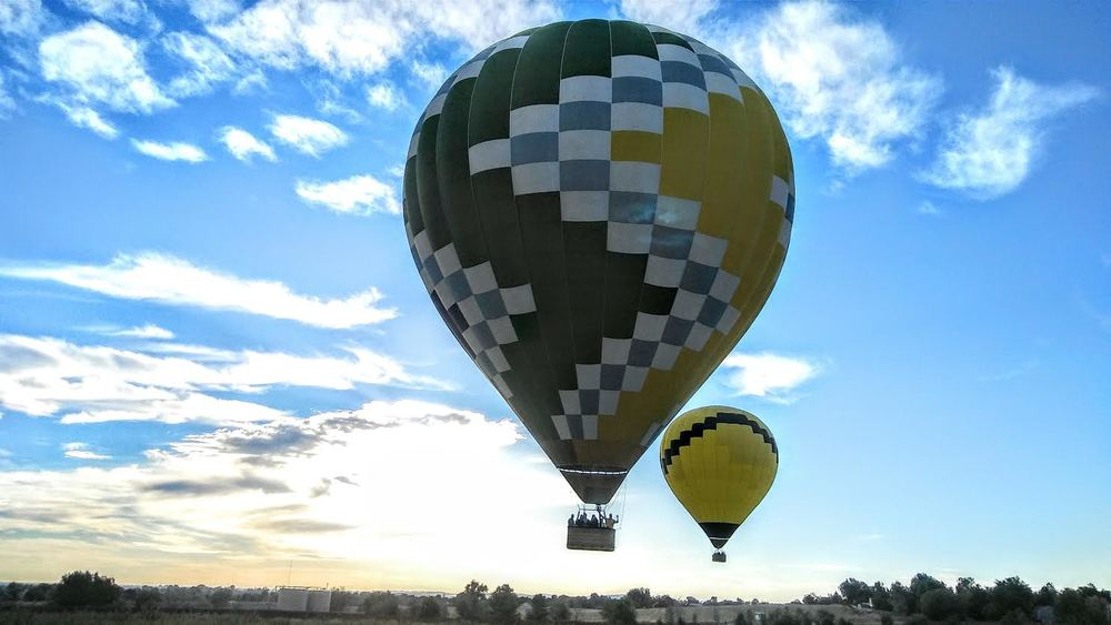 morningballoonflight.jpg
