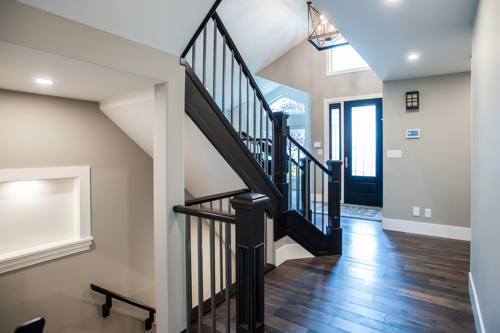 basement open stair railing