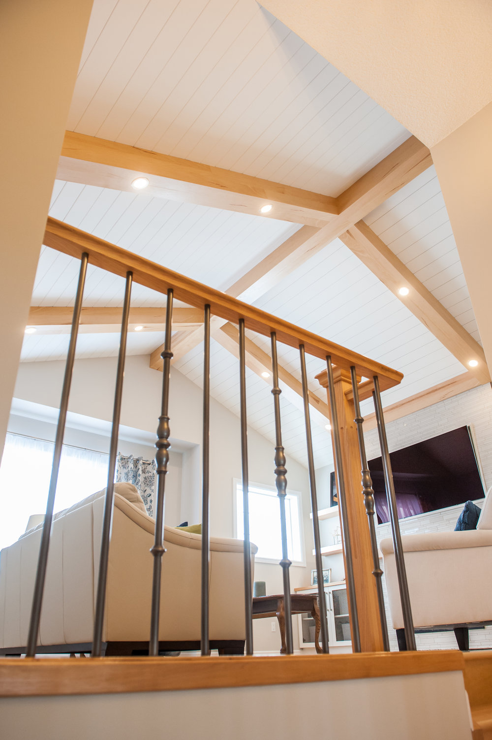 shiplap_ceiling_beams