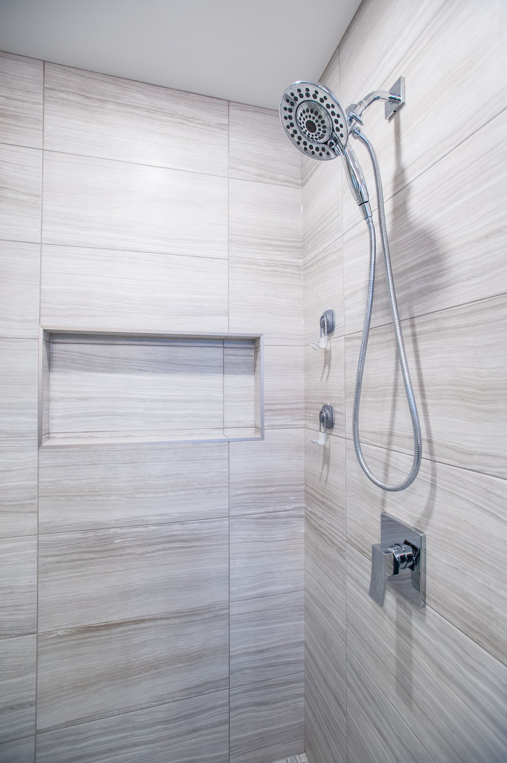 shower_mosaic_tile_glass