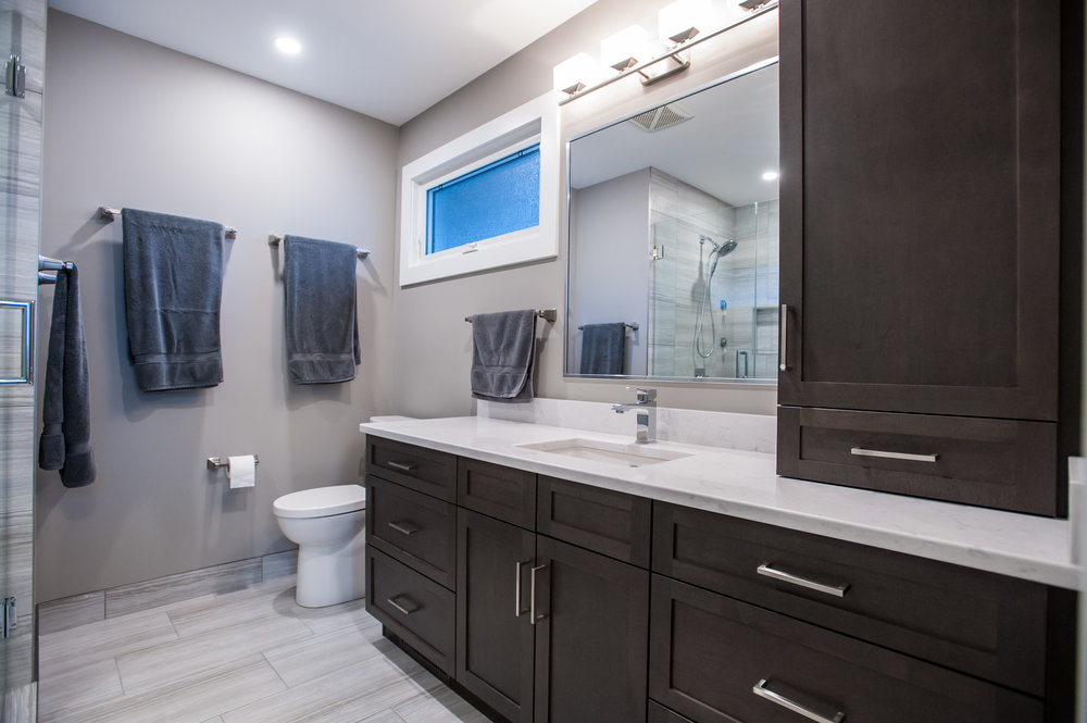 Ensuite_Master_Bath_Cabinetry