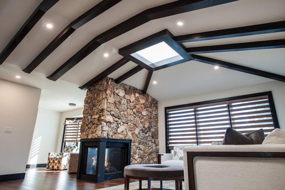 living_room_beams_skylight