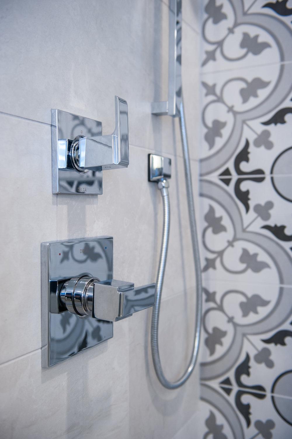 shower_fixtures