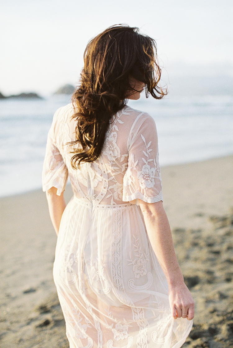 Brandon Sampson Photography. San Francisco Ocean Beach Bridal Portrait. Film Photography.