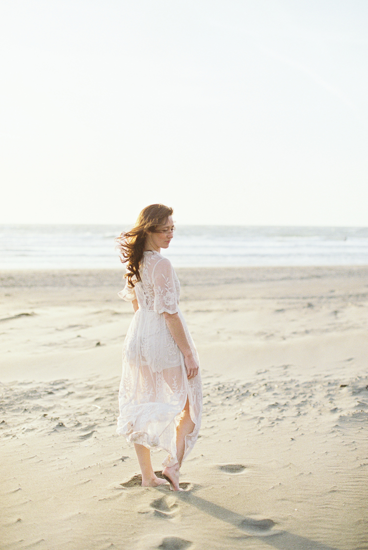 Brandon Sampson Photography. San Francisco Beach Bridal Portrait. Film Photography.