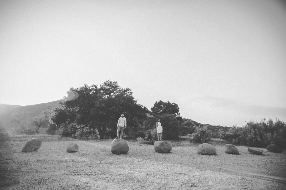 bellsia+jimmy_engagement_09[b+w].jpg