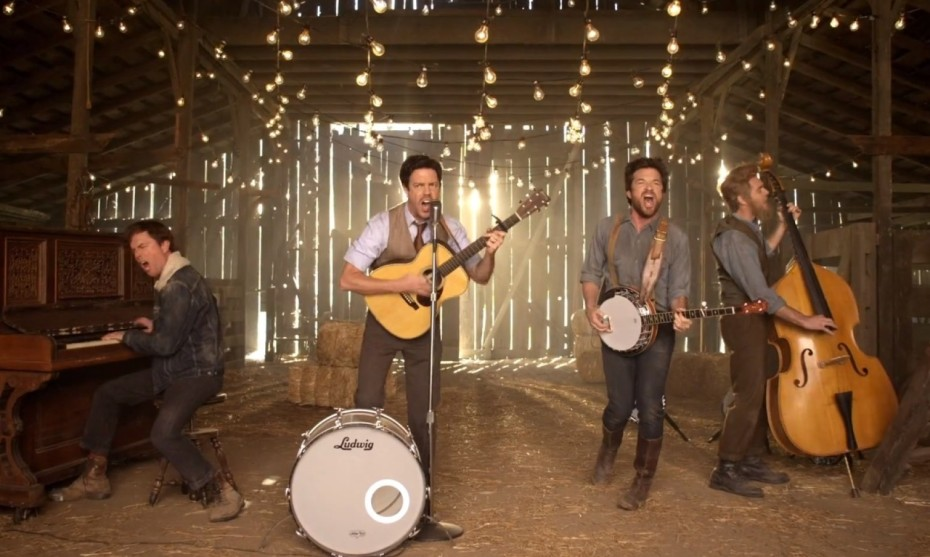 o-MUMFORD-AND-SONS-HOPELESS-WANDERER-VIDEO-facebook-1-930x557.jpg