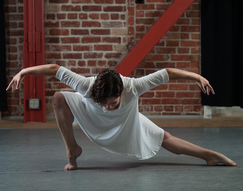 Mariana Sobral Dance 1(1).jpg
