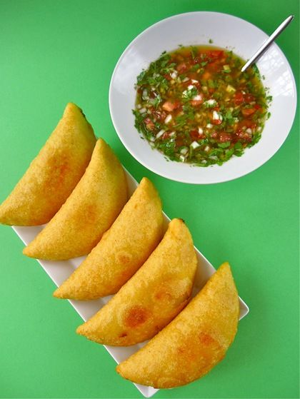 Blog la mesa empanadas are likely the most readily available and cheapest street snack in colombia available throughout the continent in various recipes forumfinder Image collections