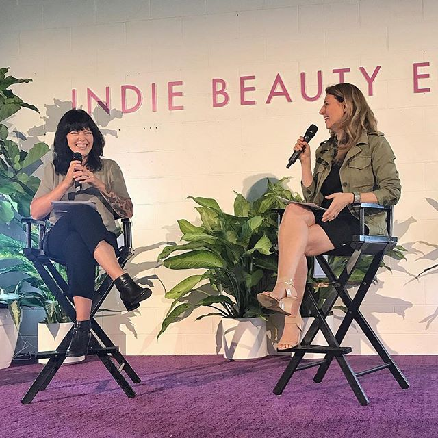 Based on the size of my smile in this photo I clearly had a good time chatting #cleanbeauty trends with @melissejoy of @iamwellandgood at tonight's @indiebeautyexpo ☺️ Thanks for having me 💜