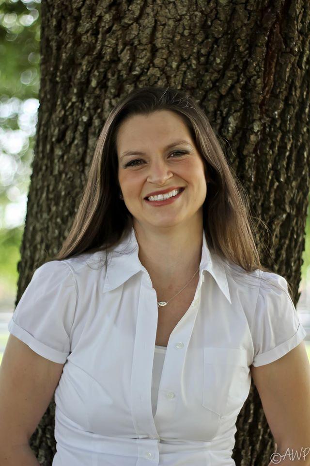 April Williams | #CreativeMomista +Founder of Creative Brandista™