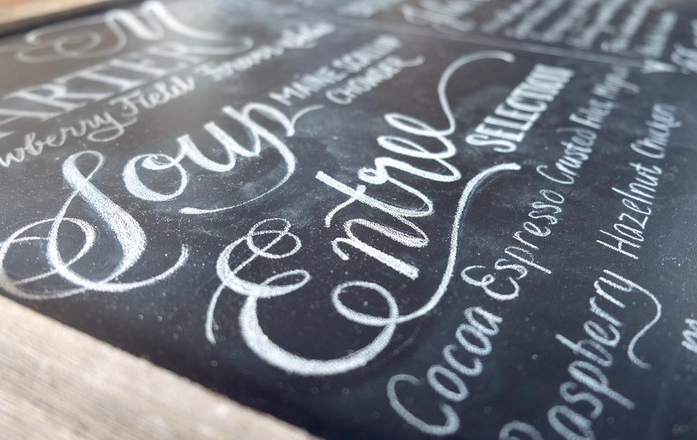 Wedding menu chalkboardby Chavelli Tsui | www.idrawletters.com
