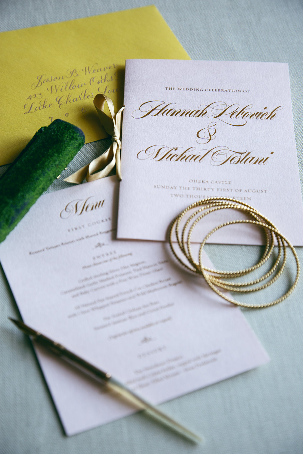 Wedding menu and wedding program with gold foil for a luxurious Oheka Castle wedding by Chavelli | www.chavelli.com
