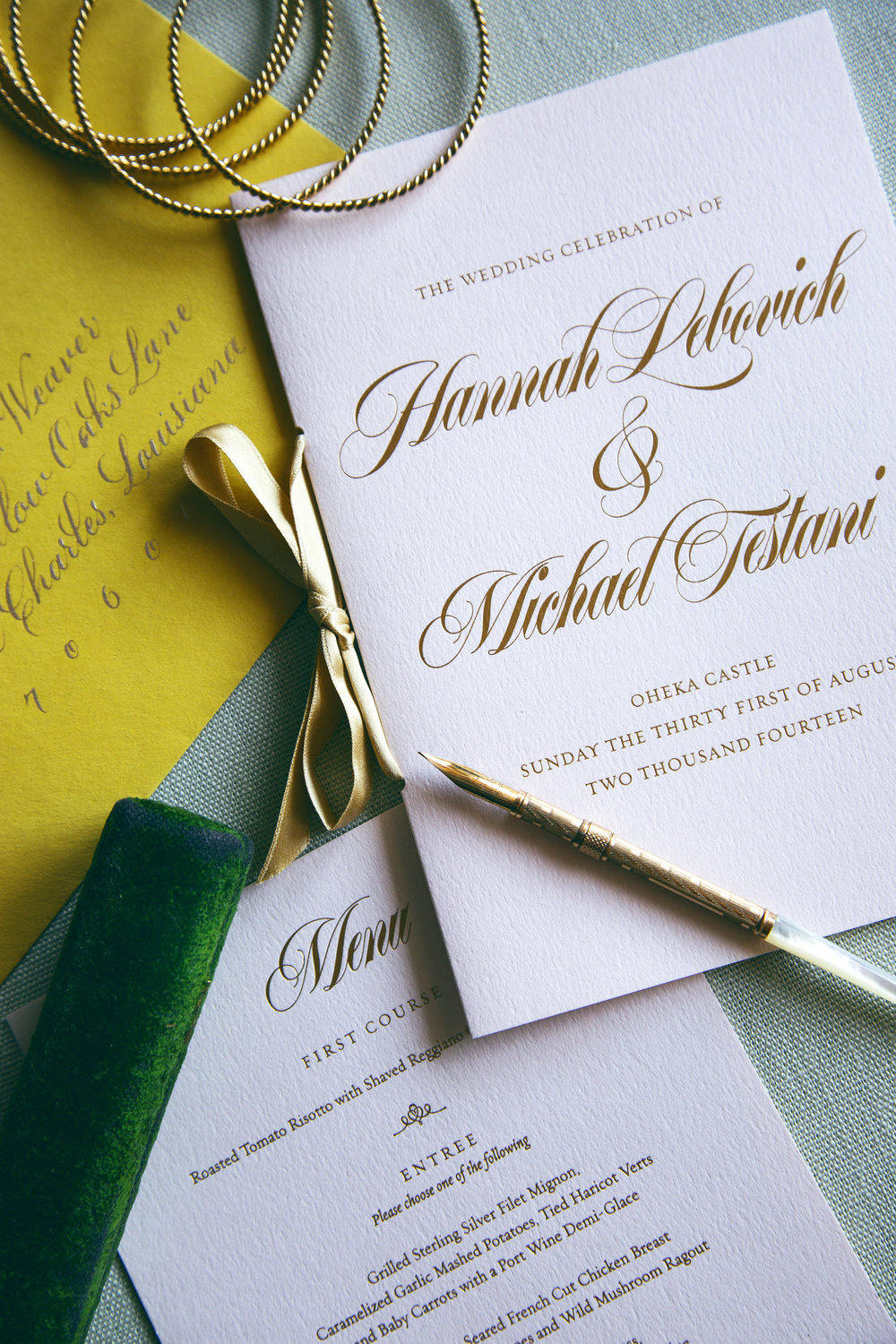 Gold foil on blush pink textured paper for menus and wedding program // Design by Chavelli www.chavelli.com