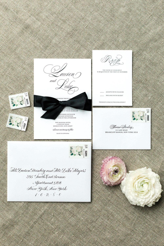 Elegant black and white letterpress wedding invitations | www.chavelli.com