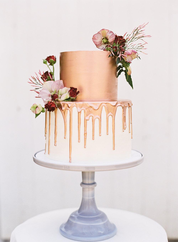 Blackberry Farm wedding cake