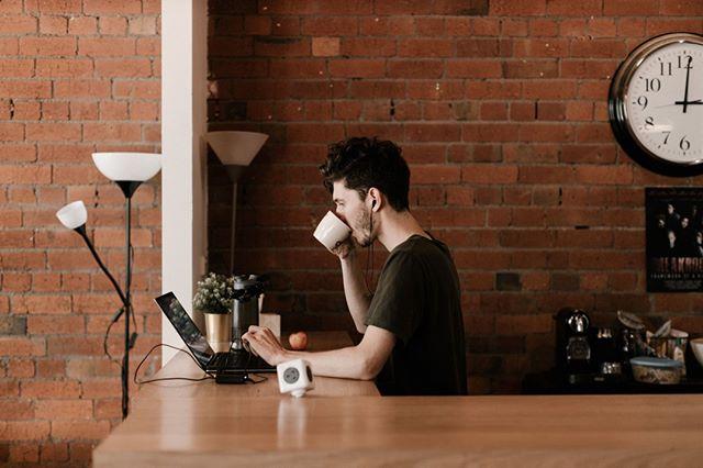 Hur hur hur coffey we luv coffcof cofffeeee it's back to work morning and brain no work work b4 me coffeeeeee⠀ -⠀ -⠀ -⠀ -⠀ #howiscoffeelegal #howarecoffeejokeslegalin2019 #premiumcoffeecontent #framework #coworking #melbournecreatives #freelance #creative #melbourne #community #instadaily #melbournelife #creativelifehappylife #creativeagency #coworkingspace #coworkingcommunity⠀