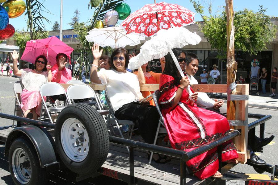 Parade 2006.jpg